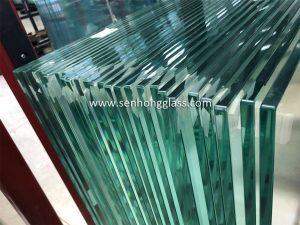 fabricant de verre trempé transparent chine Senhong Glass