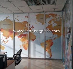 china digital-printing-decorative-tempered-glass-2-1-380x285-1-300x285