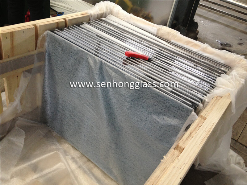 10.38 ocean blue laminated glass 2